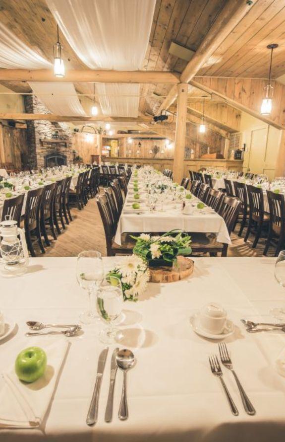 Étincelle - Salle de réception en location pour des événements privés - Au Chalet en Bois Rond